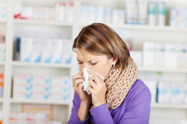При первых симптомах заболевания нужно обратиться за медицинской помощью