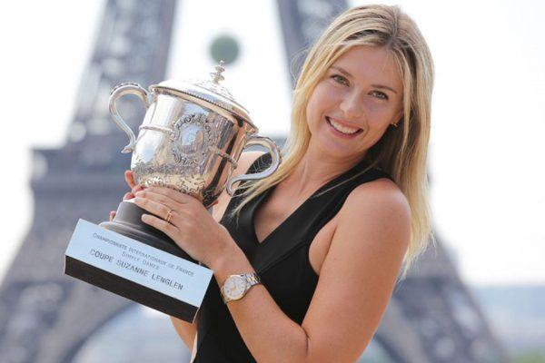 Известная теннисистка с очередной наградой
