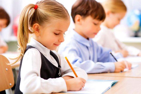 Каникулы в школах должны быть централизованными