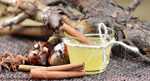 Каштановый мёд: полезные свойства и противопоказания, как принимать