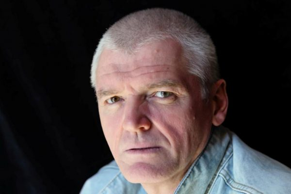 Актер Сергей Плотников