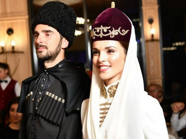 Сати Казанова и Стефано на свадебном торжестве