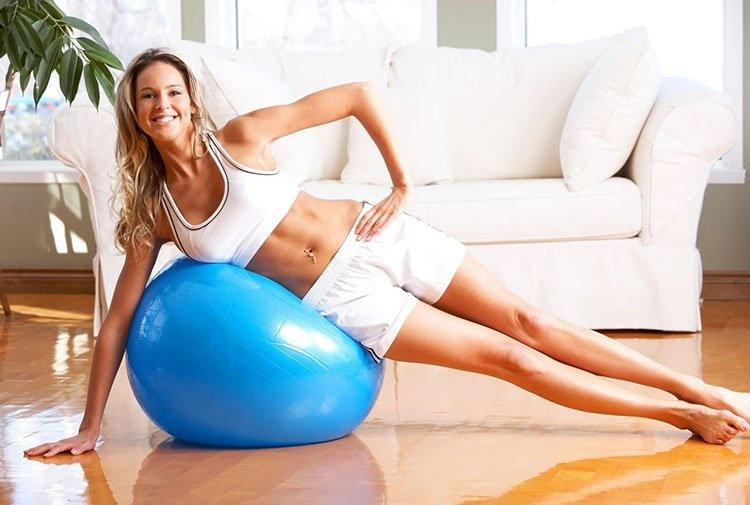 Помогут обеспечить здоровую моторику кишечника и такие упражнения