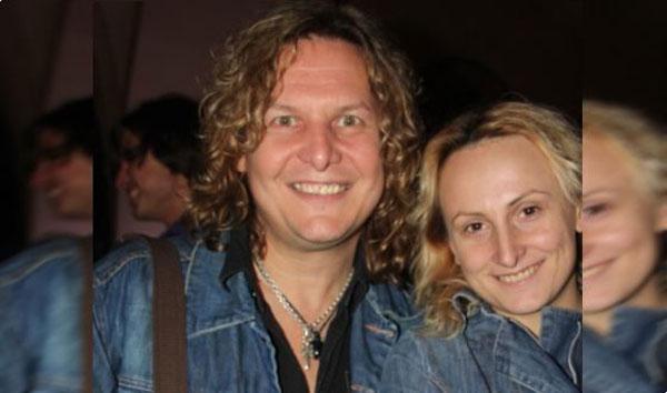 Музыкант со своей женой