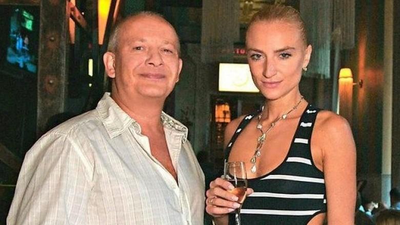 Дмитрий Марьянов со своей супругой