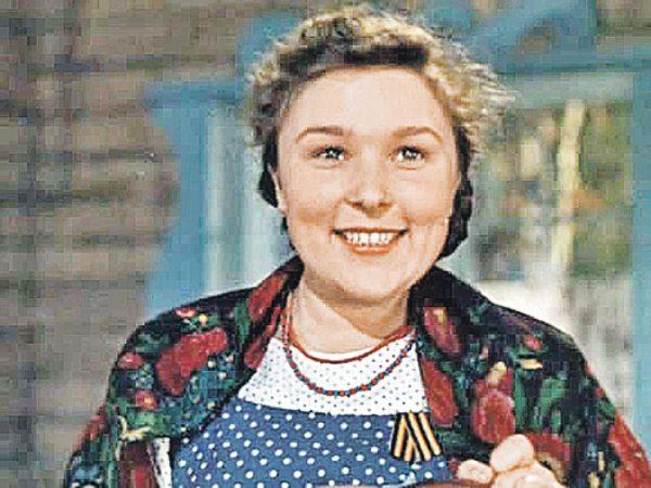 Вера Васильева в начале карьеры