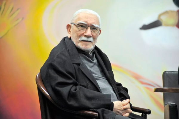 Армен Джигарханян подал заявление на развод