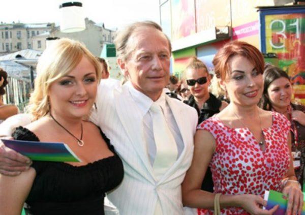 Со второй женой Еленой и дочерью