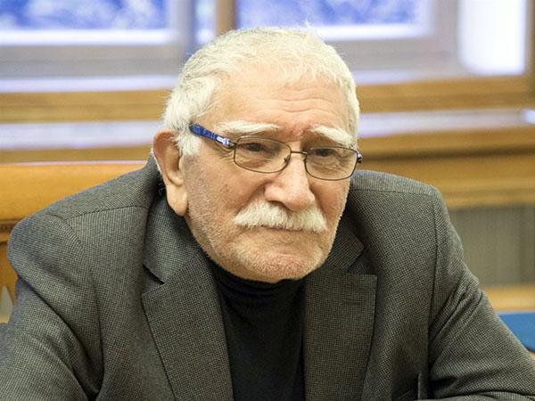 Актер и режиссер А. Джингарханьян