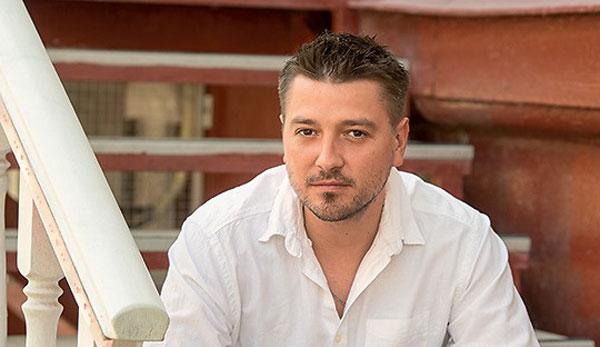 Актер Петр Кислов