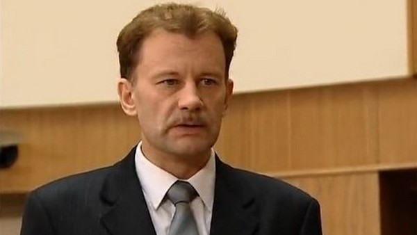 """Кадр из фильма """"Бандитский Петербург"""""""