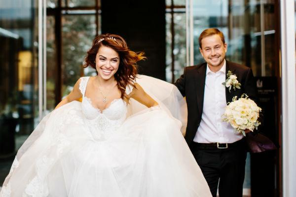 Галина и Евгений во время свадебного торжества