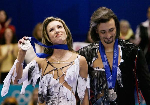 Ирина Лобачева и Илья Авербух на пьедестале