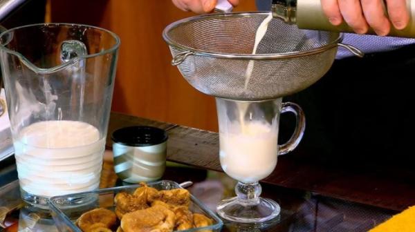 Инжир с молоком поможет избавится от боли в горле