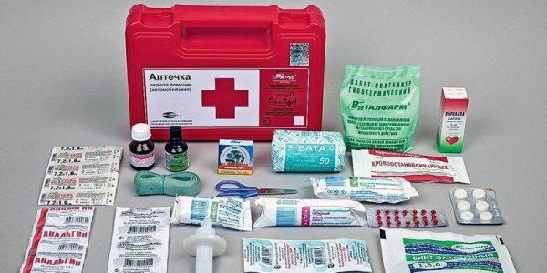 Аптечка для новорожденного: список необходимых лекарств 2018