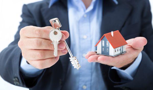 Стоит ли экономить на услугах риэлторов при покупке нового жилья?