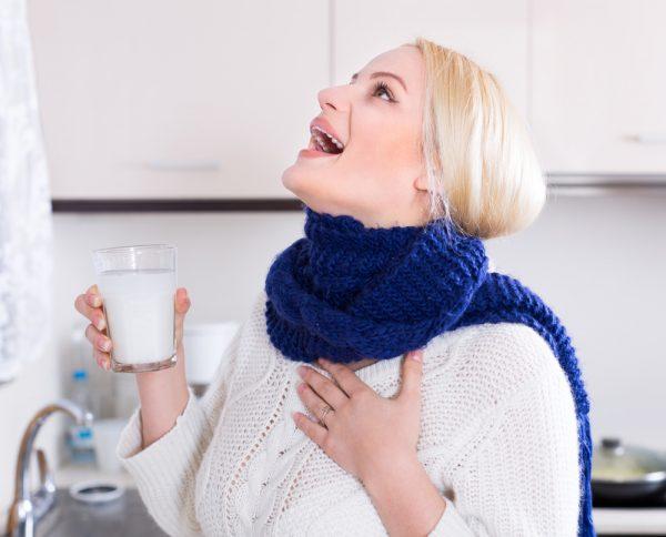 Полоскание горла раствором соды