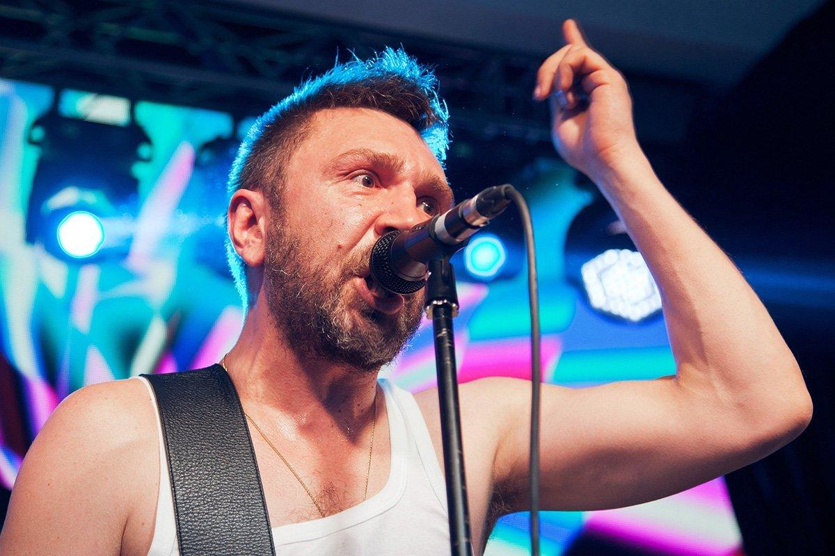 Сергей Шнуров не собирается возвращать бывших вокалисток «Ленинграда»