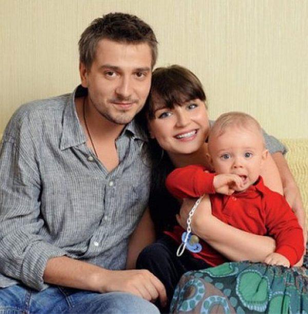 Петр с бывшей женой Полиной Гагариной и сыном