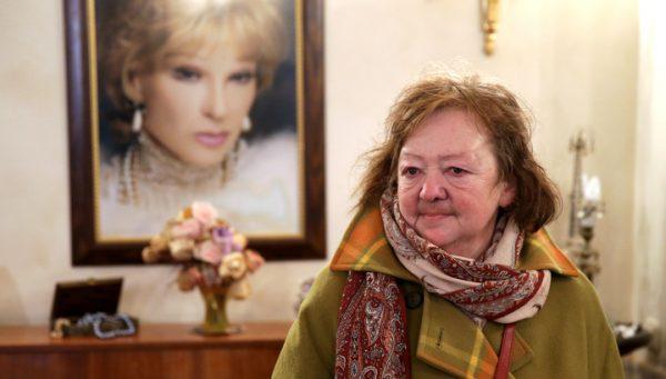 У Марии Королевой были плохие отношения с своей матерью
