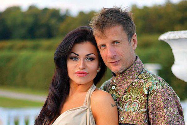 Дидюля со своей женой