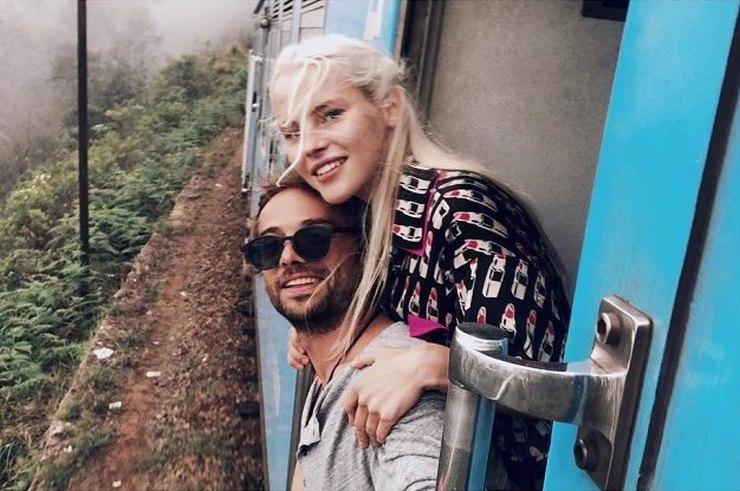 Влюбленные на отдыхе в Индии
