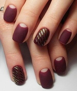 Чтобы маникюр на коротких ногтях получился красивым, следует отдавать предпочтение матовым оттенкам