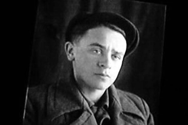 Леонид Броневой в молодости