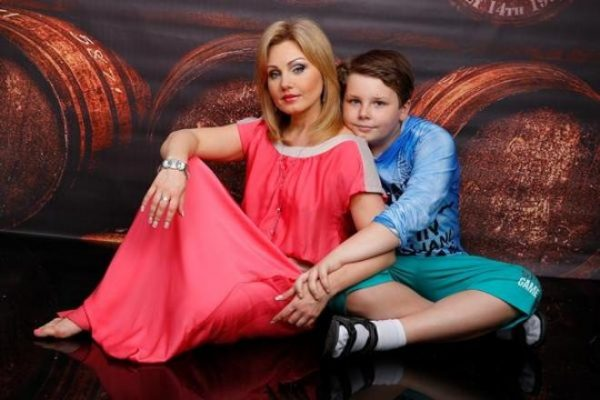 Актриса со своим сыном