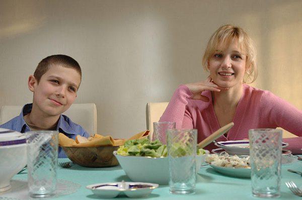 Наталья Вдовина со своим старшим сыном