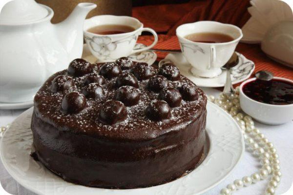 """Шоколадный торт """"Зимняя вишня"""""""