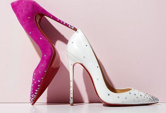 Женские туфли украшенные стразами
