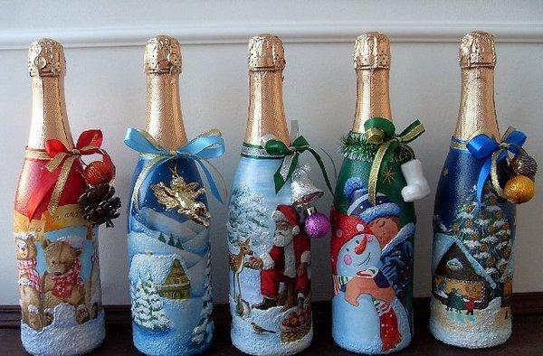 Украшение бутылок из-под шампанского в технике декупаж