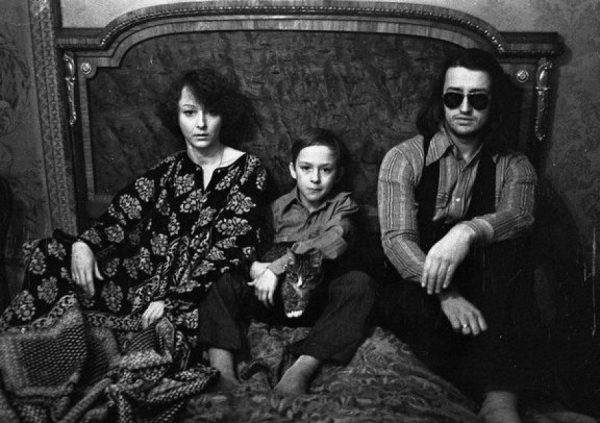 С Анастасией Вертинской и с сыном