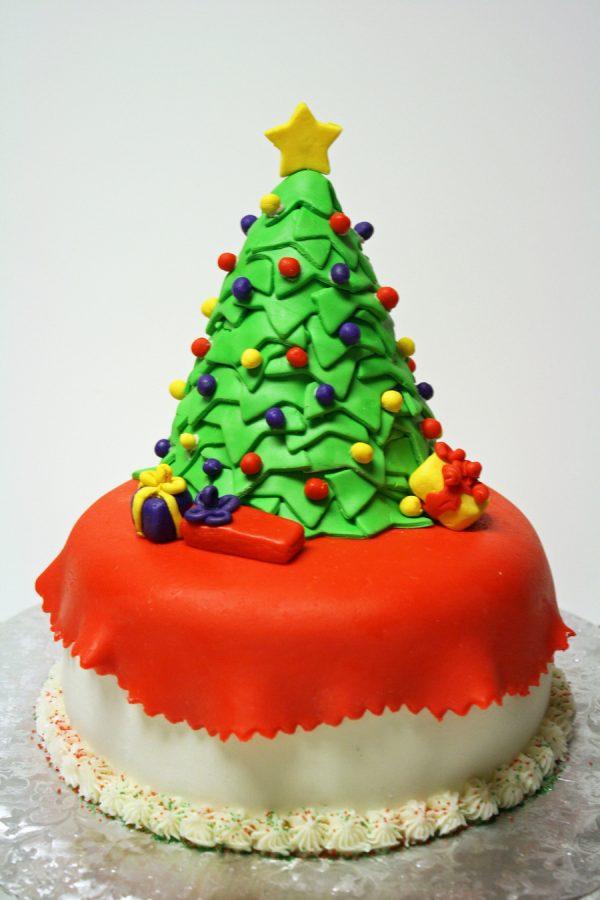 Торт в виде елочки