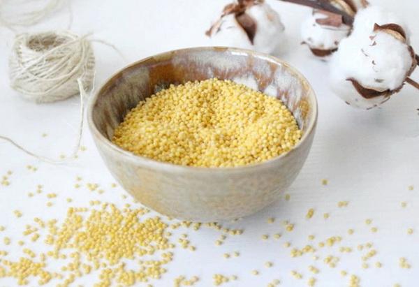В пшене содержится большое количество белков и жиров