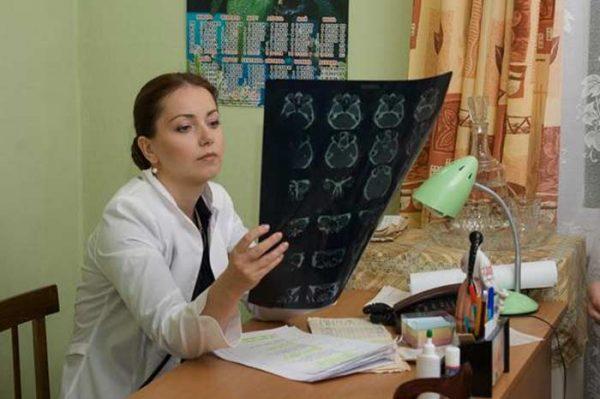 """Актриса на съемках сериала """"Земской доктор"""""""