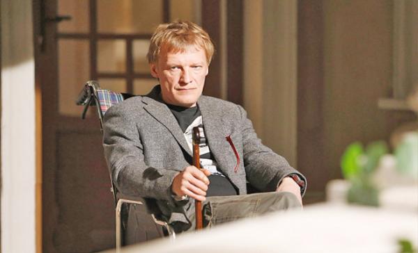 Актер в роли Доктора Хауса