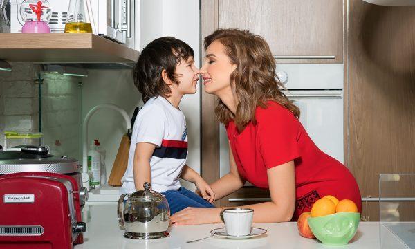 Анфиса Чехова с с сыном Соломоном