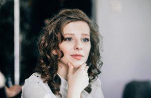 Йога стала спасением для Паулины Андреевой