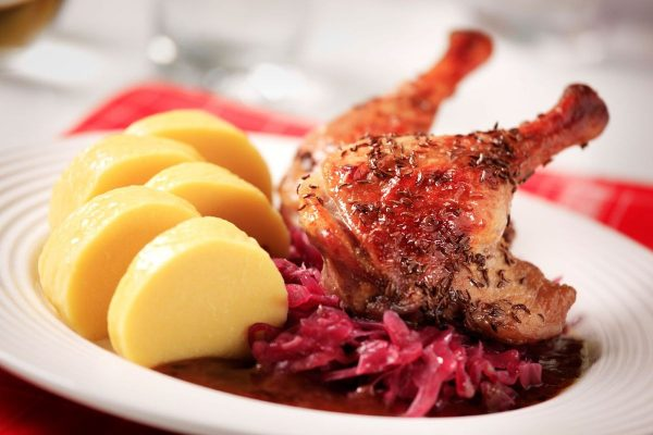 duck-with-spiced-red-wine-sauce-and-braised-cabbage-21738-2