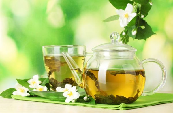 Из лапчатки можно приготовить вкусный чай