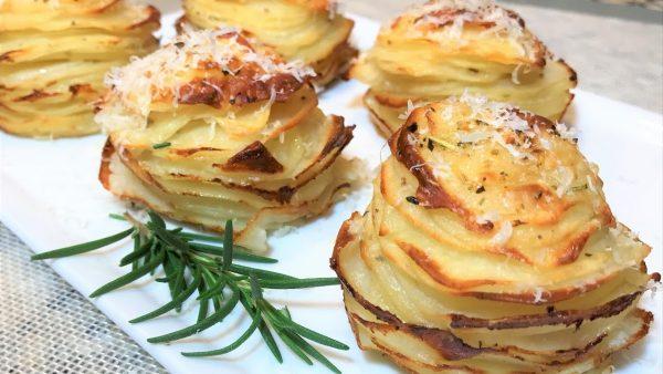 Картофель праздничный в духовке