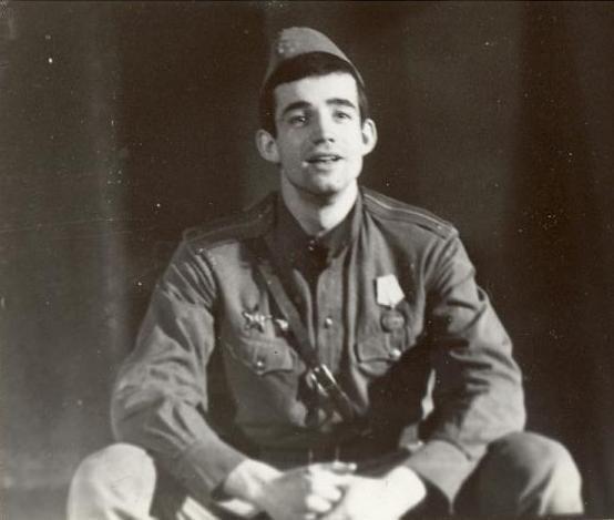 Дмитрий Певцов в армии