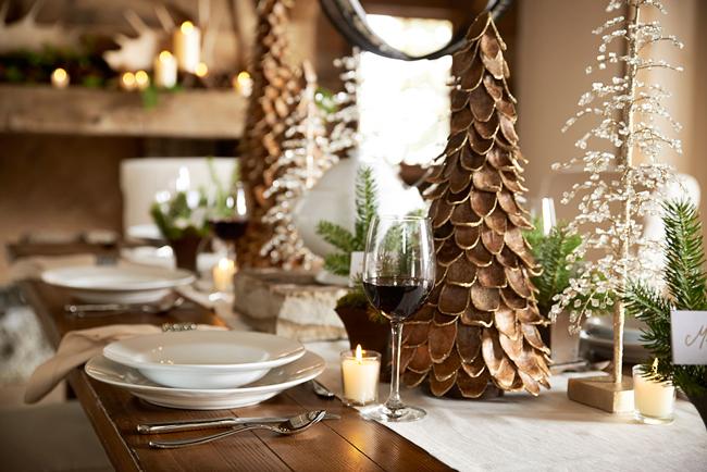 Декоративная елка из плотного картона