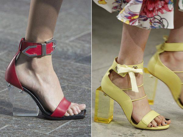Женские босоножки на квадратном каблуке