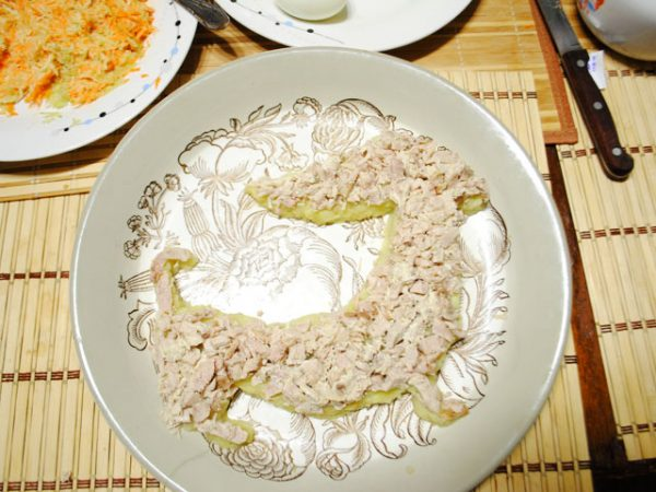 salaty-v-vide-sobaki-na-novyj-god24