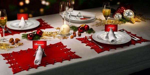 Скатерть может быть уложена по размеру стола, это классический вариант, который актуален всегда