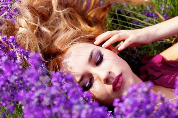 Лекарственное растение шалфей применяют в косметологии
