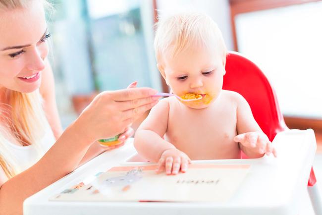 рацион питания ребенка должен включать в себя кучу полезных веществ